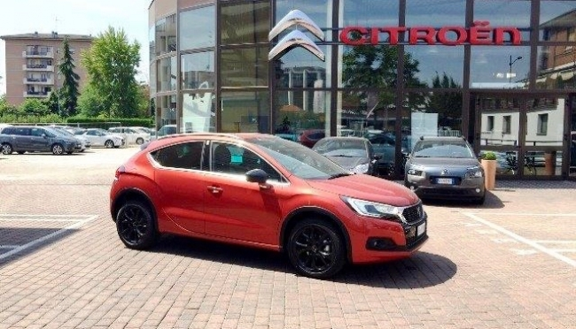 DS Automobiles DS 4 5 porte 1.6 BLUEHDI 120CV EAT6 CROSSBACK SPORT CHIC