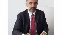 UniCredit annuncia ulteriori passi nel suo processo di semplificazione in Italia e in Emilia Romagna