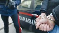 Bedonia i Carabinieri arrestano un 18enne evaso poco prima che prendesse il treno