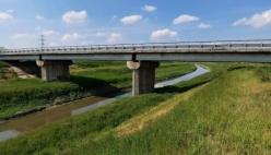 Cispadana, via ai lavori al ponte sul Crostolo