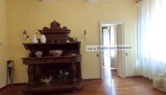 MODENA Appartamento ampia metratura in vendita