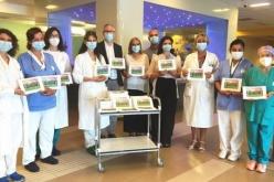 Consegna speciale di libri all'Ospedale dei bambini dalle fatine de La Pergamena