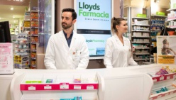 Per gli 'over 65' farmaci e parafarmaci arrivano a casa, gratuitamente con LloydsFarmacia.