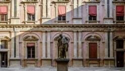 Covid-19: UniCredit dona 50mila euro all'Università di Bologna  per potenziare il laboratorio che testa le mascherine