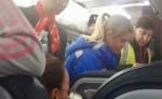 Russia, volo Mosca - Dubai atterrato in emergenza medica dopo malore di diversi passeggeri.